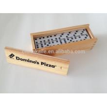 Jeu de blocs Domino dans une boîte en bois