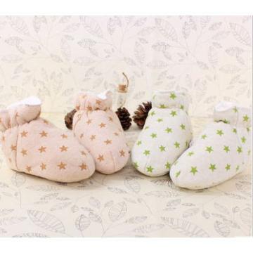Caliente los zapatos de bebé suaves del algodón orgánico con diseño de lujo