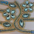 Zapato de cuero PU de moda con decoraciones de cristal y diamantes para las sandalias de verano y pantuflas de lujo de Lady