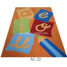 Barn Design Hand Tufted Rug