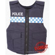 Kugelsichere Weste für Polizei-Mann