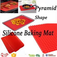 Recién llegado de forma cuadrada de silicona pirámide para hornear Mat
