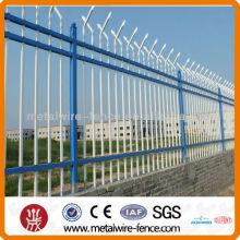 Diseño de la cerca del tubo de hierro