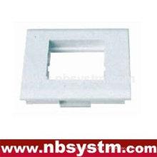 Face Plate, type français, adapté pour une plaque frontale 45x45mm ou 2pcs 45x22.5mm. Taille: 80x80mm