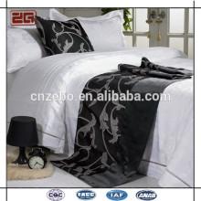 Guangzhou Manufacturer Different Pattern disponible en gros Hôtel Bed Runner