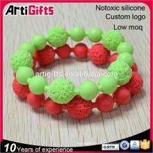 Bracelet de perle de silicium de mode bon marché pour des événements pleins de couleur