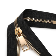 Горячая продажа Riri Zipper Teeth Brass Zipper Metal