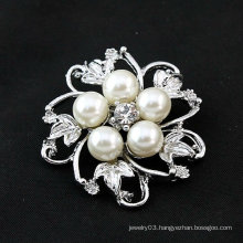 Hot Sale Flower Brooch Pearl Rhinestone Brooch With Zinc Alloy BH01