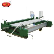 Máquina de pavimentación de pistas para pistas de plástico