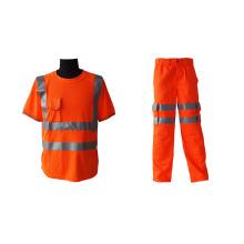 Trajes de trabajo de alta visibilidad para trabajadores industriales.
