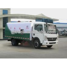 4x2 lecteur Dongfeng camion balayeuse pour 2-6 mètres cubes