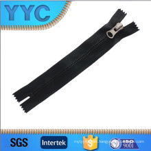 All Kinds of Accessory Zippers for European Garment Bag Suitcase Market