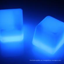cubos de gelo conduzidos impermeáveis