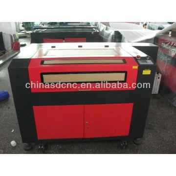 China com DSP controle co2 60 w / 80 w / 100 w 6090 preço da máquina de gravura do laser para venda