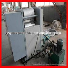 Machine à gaufrage de planchers WPC