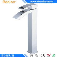 Steven Bl0531h simple poignée laiton Tall cascade lavabo monotrou