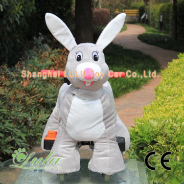 grey rabbit ride car