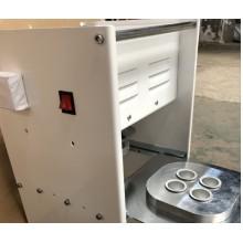 Machine de scellage semi-automatique pour capsule de café