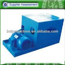 Hydraulic automatic feeder for prestressing wire