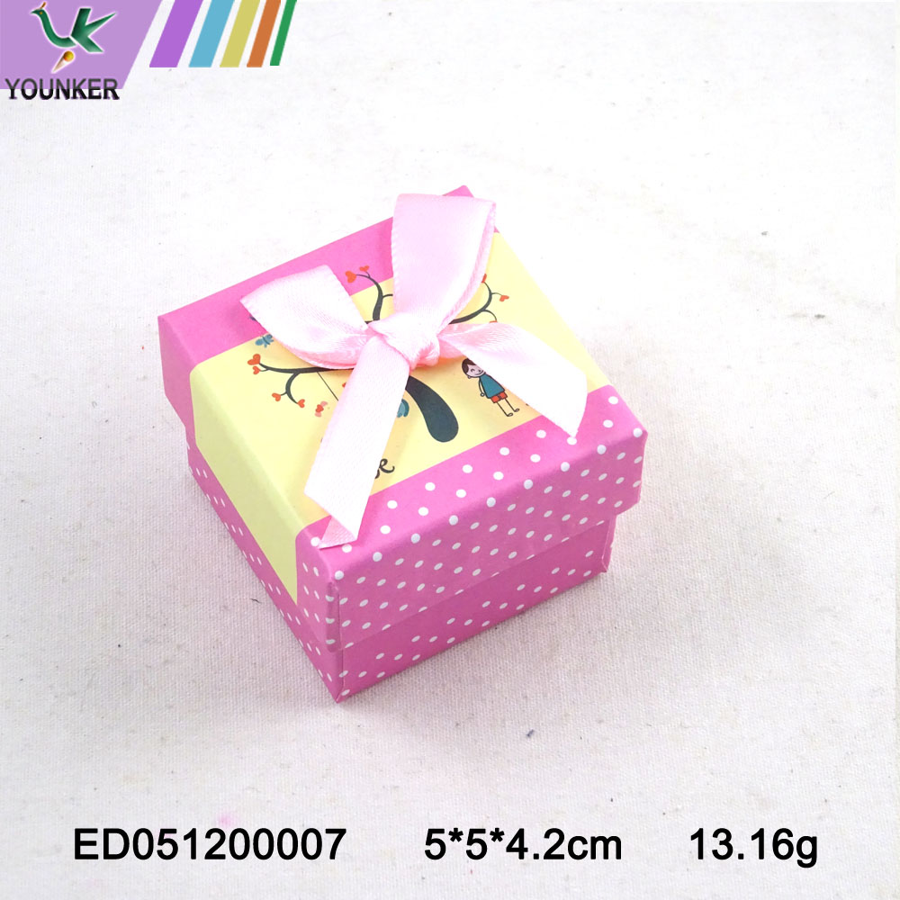 Carton Ribbon Ring Box