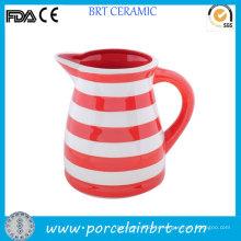 Pichet en céramique énorme rouge et blanc strié