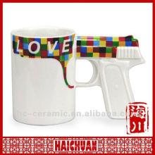 Taza de cerámica en forma de arma de fuego, taza de café de mango de arma, taza de forma de pistola