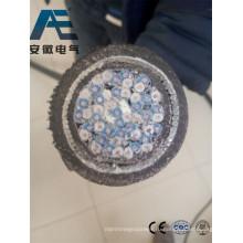Силовой кабель с изоляцией из сшитого полиэтилена, экранированный стальной проволокой