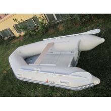 Barco de pesca inflável pequeno com conjunto completo de remos e bomba