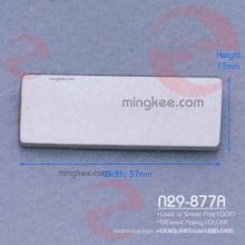 Etiqueta de metal rectangular con logotipo personalizado de bolso / bolso de mujer (N29-877A)