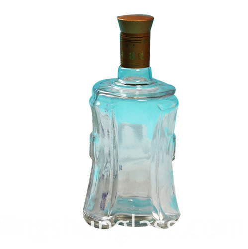 Transparent glass Chinese style wine bottle