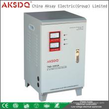 SVC TND 10KVA Fuente de alimentación monofásica Control de servomotores Bobina de cobre Estabilizador de voltaje digital automático