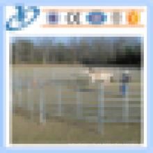 Los paneles baratos de la cerca de la granja de la oveja de la vaca del caballo de la alta calidad al por mayor se utilizan en animales