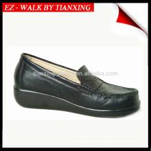 Chaussures en cuir pour dames avec semelle PU