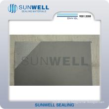 Feuille de graphite renforcée de fil d'acier inoxydable