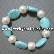 lady pearl bracelet with turquoise stone