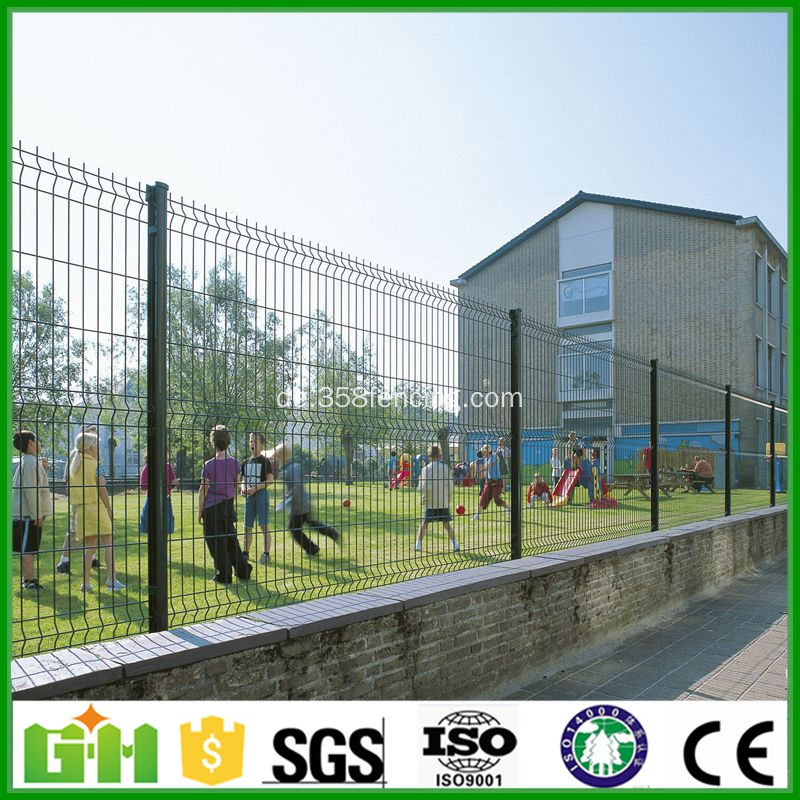 kohlenstoffarmes PVC beschichtet Euro Zaun China Hersteller