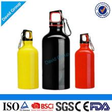Großhandelsqualitäts-700ml Plastiksport-Wasser-Flasche mit Bügel (bpa geben frei) Edelstahlflasche