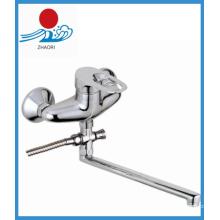 Настенный кухонный смеситель Латунный смеситель для воды (ZR22003-A)