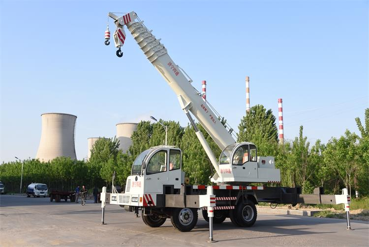 16 ton construction crane