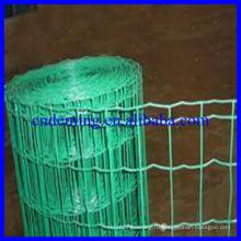 Красивый забор из проволочной сетки
