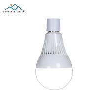 Venda quente recarregável de alta qualidade 2835 smd 12 W E27 inteligente luz de emergência lâmpada led