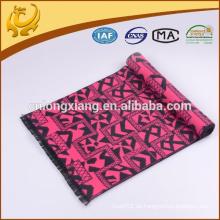 Die Hotsell Schals Viskose Material Solid Schal 2015 Beliebte und Mode Design Der Schal mit Quaste
