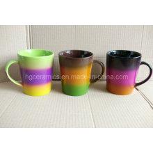 Tasse de Rainbow, tasse de couleur d'arc-en-ciel