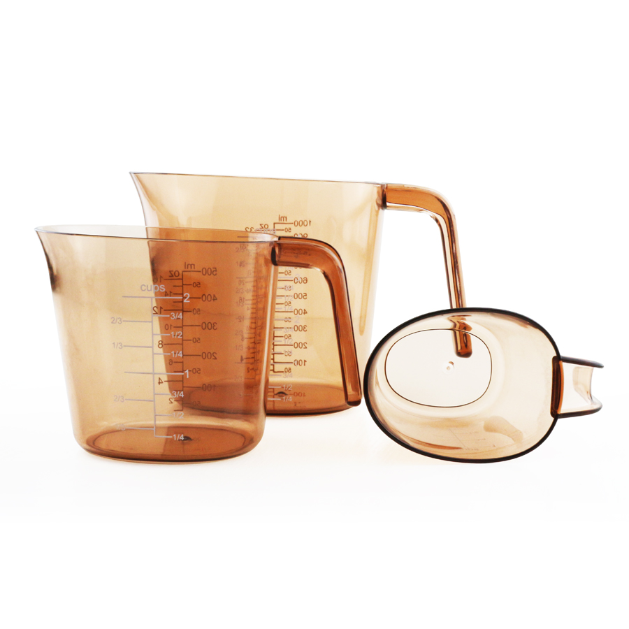 angled plastic measuring cups set