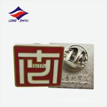 Logotipo da linha branca lapela pin badge broche de borboleta