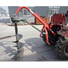 Traktor montiert Erdbohrer / Post-Loch Bagger