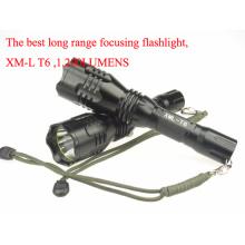 Top Class super longa gama focalização recarregável LED tocha