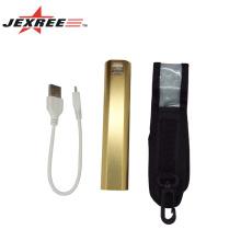 Une batterie de courant USB très populaire Lampe de poche led Lampe torche rechargeable lampe torche à LED puissante