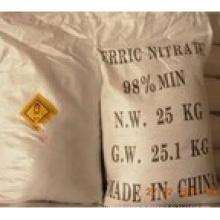 Cristal violet 98% de nitrate ferrique pour l'industrie (no CAS 7782-61-8)