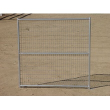 Galvanised chain link dog kennel panels